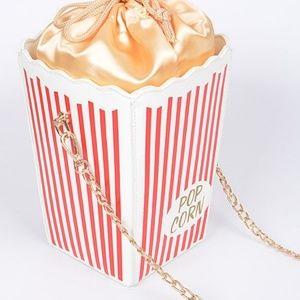 Bags - Popcorn crossbody clutch bag 💥1 LEFT🎈